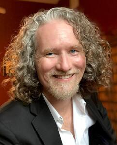 Presentation Summit 2021: Conversation with Mike Parkinson