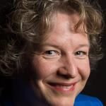 Creating Gigantic PowerPoint Decks: Conversation with Chantal Bossé